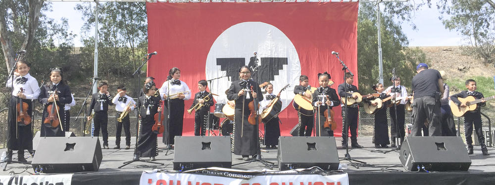 mariachi at Chavez 2016.jpg
